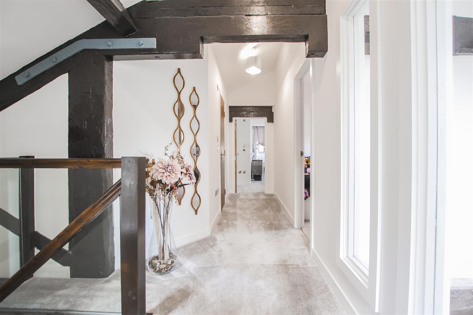 3 Bedroom Duplex Apartment For Sale - Image 6